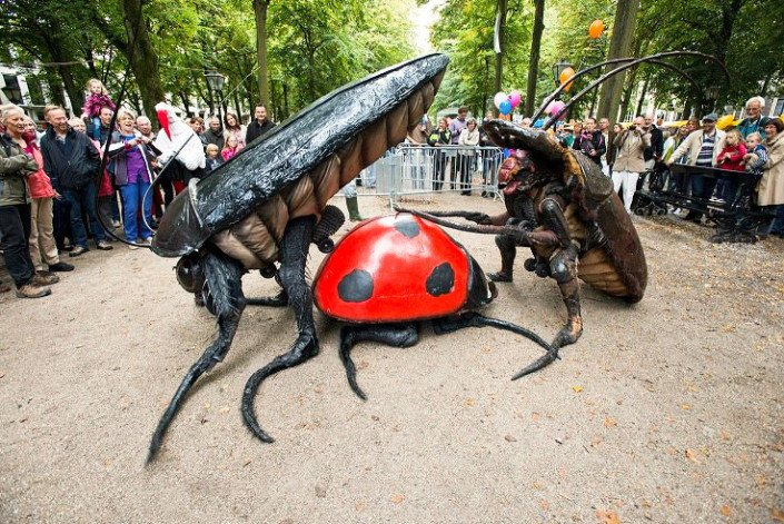 Big Bugs Show - Mr. Image Theatre