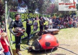 Big-Bugs-at-Haifa-International-Children's-Festival
