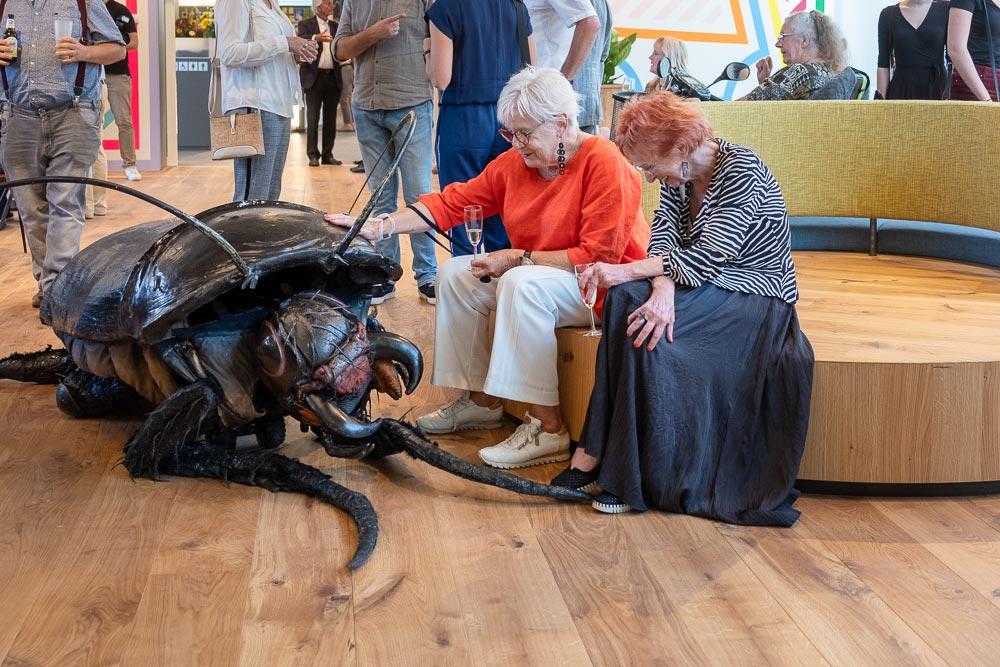 Big Bugs Show in CODA museum Apeldoorn - Groot Kakkerlak